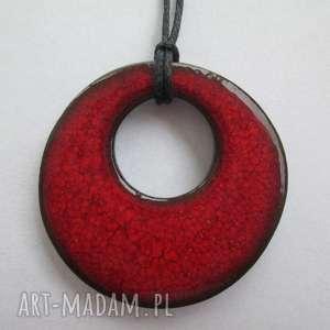 czerwony wisiorek ceramiczny - ,czerwony,wisior,gliniany,