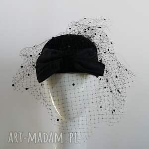czapki czarna dama, toczek, pogrzebowy, woalka, welur, czarny