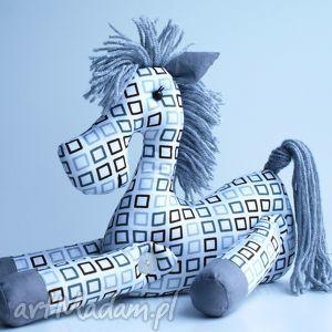 brykajĄcy konik - konik, zabawka, przytulanka, prezent, choinka, święta