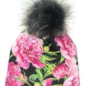 czapka beanie pompon z futra, kwiaty, nadruk, pompon, prezent, urodziny, czapa