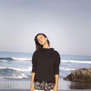 bluza czarna bawełniana, bluza, bawełna, oversize, nietoperz, nowoczesna