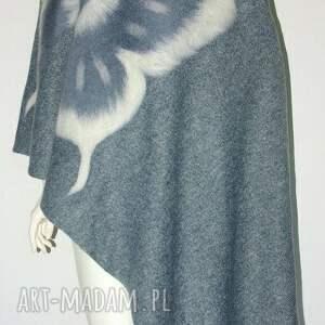 szal filcowany wełną zdobiony - motyle, moda, filcowanie, urodziny, prezent