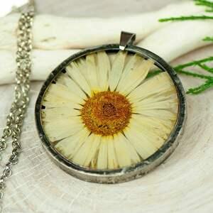 herbarium jewelry naszyjnik z kwiatów w cynowej ramce z424, biżuteria żywicy