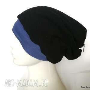 czapka damska czarna góra w paski z doczepionym fikcyjnym suwakiem