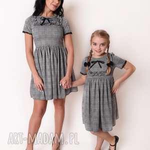 d660c238 sukienka koronka szare - handmade - rozkloszowana