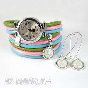 Prezent Komplet - Kwiaty zegarek i kolczyki niebieski, zielony, różowy owijany