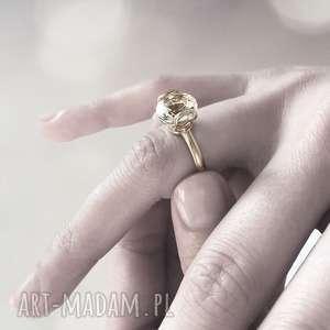 pierścionek ayo żółte złoto 585 biały topaz 10mm, złoto, topaz, zaręczyny