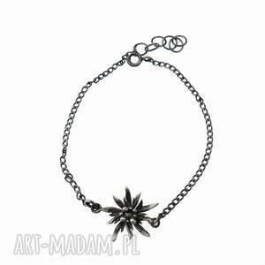 bransoletka z małą szarotką grafitowa, bransoletka, srebrna, biżuteria