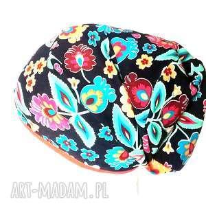 hand made czapki czapka dzianinowa ludowa mała damska