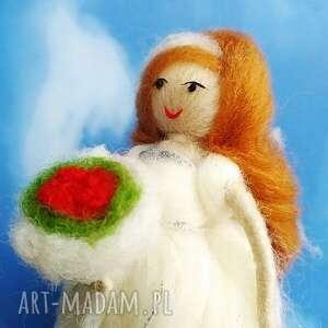 panna młoda dekoracyjna laleczka julia z kolekcji liebe - dekoracje ślubne