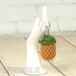 święta, brelok złoty ananas, przywieszka, złota, owoce, breloczek