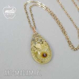 0390/mela~ wisiorek z żywicy łezka kwiaty, wisiorek, naszyjnik, żywica, epoksyd