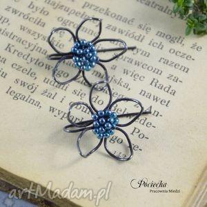 ręcznie zrobione kolczyki flowers blue - kolczyki kwiatki