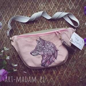 nerka xxl wilk, nerka, nerkaleśna, haft, pastelowa, romantyczna