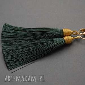 kolczyki z chwostami, sznurek, chwost, długie, szmaragdowe, ciemnozielone