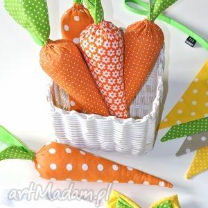 marchewka z tkaniny - wielkanoc, rekwizyt, marchewka, ptops, marchewki