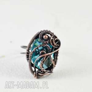 upominki na święta Crystal - pierścionek z kryształekiem, pierścionek-regulowa