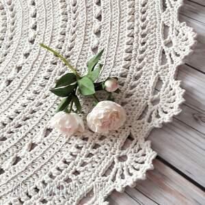 dywan mandala 70 cm, mandala, ażurowy, delikatny wzór, naturalnie bawełna