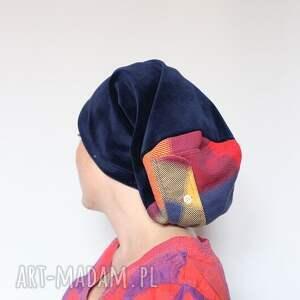 samotnicy na facebooku popełniają sepuku z1, czapka