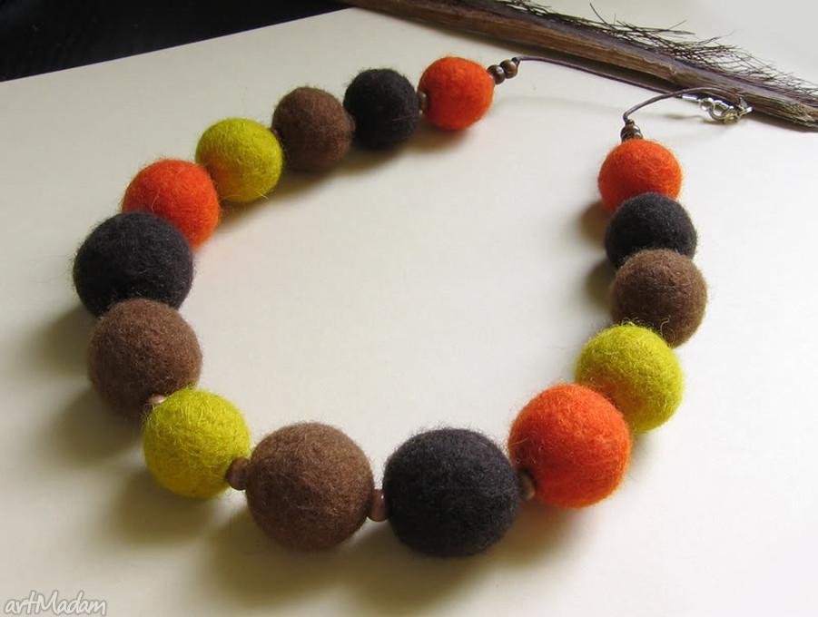 ręcznie zrobione korale jesienne