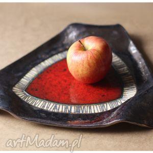 ręcznie zrobione ceramika trójkątna patera z czerwonym okiem duża