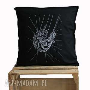 hand-made poduszki czarna poszewka z rowerem, sitodruk