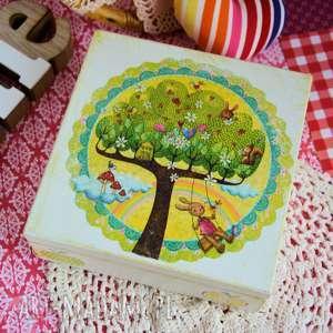 Pudełko - drzewko przyjaźni pokoik dziecka maly koziolek pudełko