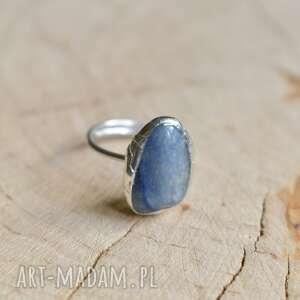 Niebieski kwarc - pierścionek pracownia miedzi z-kwarcem, z-cyny