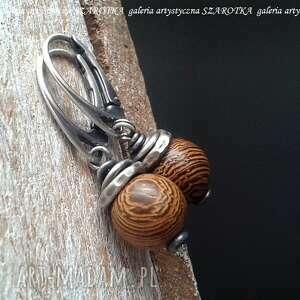 Wypieczone kolczyki z drewna wenge i srebra szarotka drewno