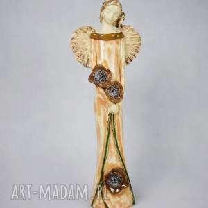 prezent na święta, ceramika anioł z kwiatami, ceramiczny, ręcznie