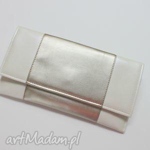 Kopertówka - perłowa i środek srebrny, elegancka, nowoczesna, wizytowa, wieczorowa