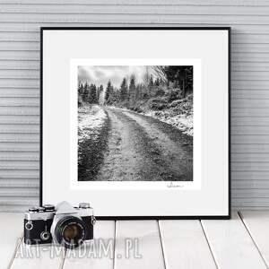 ręcznie wykonane fotografie autorska fotografia analogowa, droga do przeszłości
