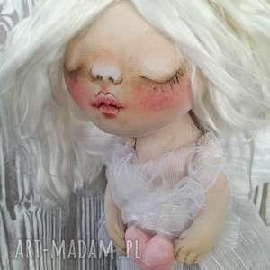 Aniołek dekoracja ścienna - figurka tekstylna ręcznie szyta