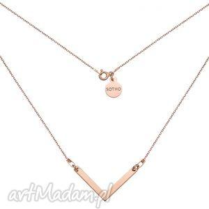naszyjnik z różowego złota z zawieszką v - łańcuszek