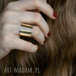 Mosiężny otwarty pierścionek angry cat mosiądz, surowy