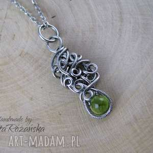 Wisiorek z Peridotem, wire wrapping, stal chirurgiczna, peridot, wire-wrapping