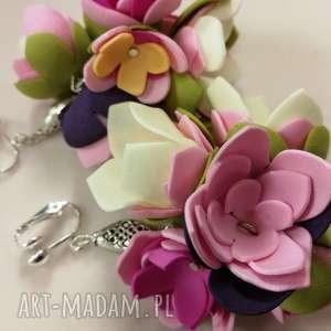klipsy lekkie ręcznie formowane kwiaty, etno, boho, pastelowe, folk,