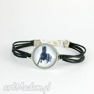 bransoletka - black horse czarny koń czarna, sznureczki, bransoletka