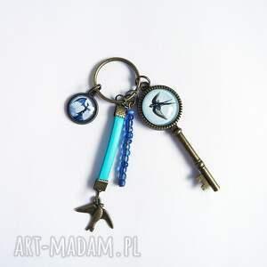 breloczek - jaskółka, smok, rzemień, breloczek, do kluczy, smok