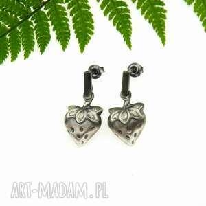 truskawki - kolczyki srebrne, kolczyki, truskawki, biżuteria, srebrna