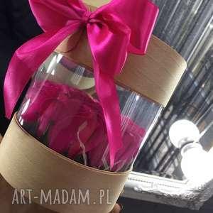 super prezent box kwiaty z mydła w tubie, róża mydełko prezent