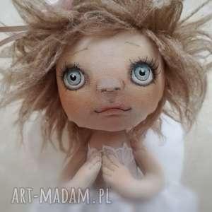 Figurka tekstylna aniołek pokoik dziecka e piet anioł, lalka