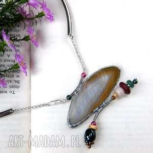 Agatowy naszyjnik: w beżowej tonacji, naszyjnik, agat, kamienie, obroża, okrągły