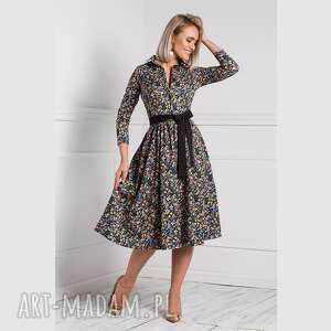 sukienka sabina midi brigitte, rozkloszowana, midi, kwiaty, kołnierzyk, guziczki