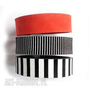 Komplet trzech bransolet czarno-biała czerwona, popart, geometryczna, nowoczesna