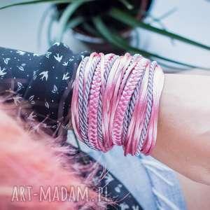 WHW Big Mess - Shiny Pink, duża, sznurkowa, sznureczkowa, zwijana, zawijana