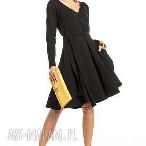 sukienki rozkloszowana sukienka z dekoltem v, t323, czarna, elegancka