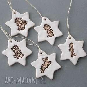 handmade pomysły na prezenty pod choinkę psi patrol - zawieszki ceramiczne