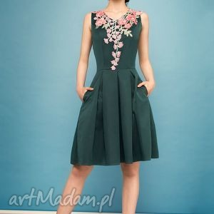 handmade sukienki sukienka z kolorowym haftem zl