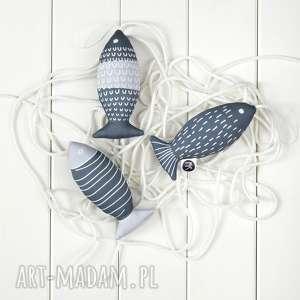 dekoracje ryba szara, zestaw 3 ryb, szara zawieszka, ryba, skandynawski styl